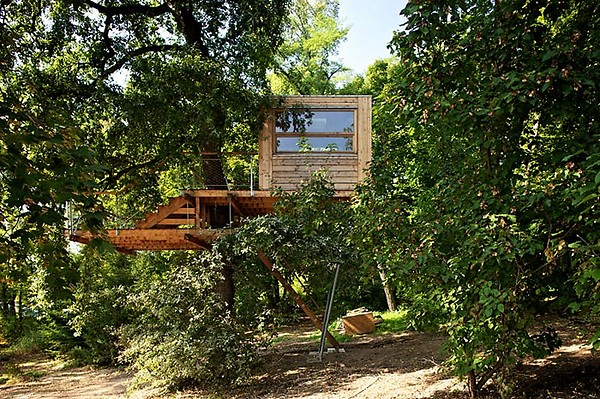 treehouse-prague-1